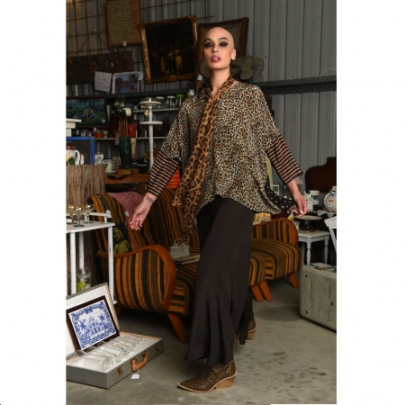 Silk top with detachable leopard scarf