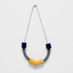 Sanden short necklace - Navy, lead, and dijon