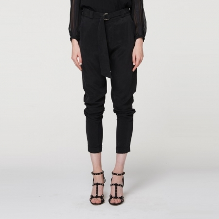 Members tie waist relaxed cupro blend pant with d-ring belt in black